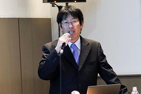 ディスプレイカンパニー 第2ディビジョン 第5事業部 第2開発部長の上野さん