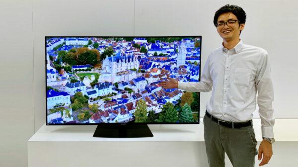 BS8Kチューナー内蔵 8K液晶テレビ『AQUOS 8K』CX1シリーズ<8T-C60CX1>を 紹介する国内TV事業部の西本さん