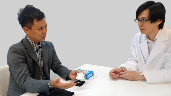 デサントジャパン株式会社の井上さま(左)と当社「TEKION LAB」の篠崎さん
