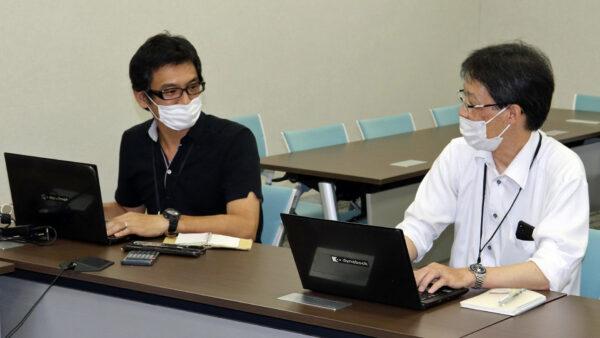 井上さん(左)と金本さん
